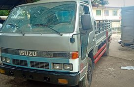 ISUZU ELF 2002 MDL for sale in Quezon City