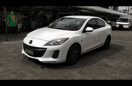 Mazda 3 2014 Sedan at 30136 km for sale