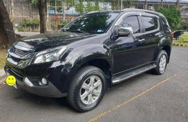 Sell Black 2015 Isuzu Mu-X at 59000 km
