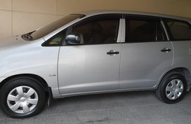 Toyota Innova J Gas 2006 Model