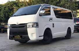 2016 Toyota HiAce Commuter Van 3.0 D-4d 18 seaters