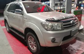 Toyota Fortuner G 2010 Automatic