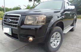 Very Fresh In and Out Ford Everest XLT MT at Low Mileage