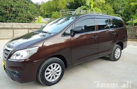 Sell Brown 2015 Toyota Innova at 43000 km