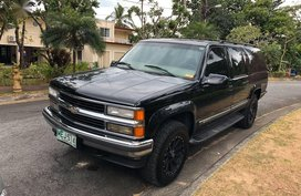Selling 1999 Chevrolet Suburban in Manila