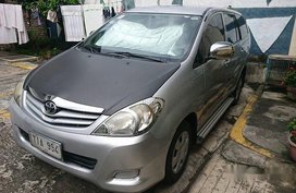 Selling Silver Toyota Innova 2012 Manual Gasoline