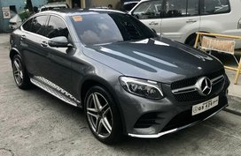 Selling 2017 Mercedes-Benz GLC 250 in Pasig