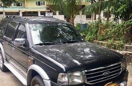 Selling Black Ford Everest 2006 at 301000 km