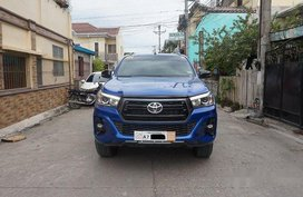 Sell Blue 2018 Toyota Hilux at 13900 km