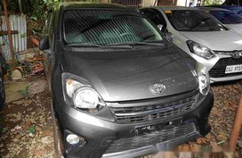 Selling Grey Toyota Wigo 2016 in Quezon City