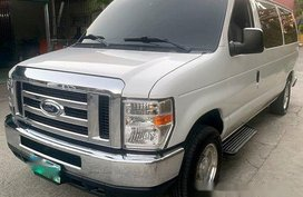 White Ford E-150 2011 at 60000 km for sale