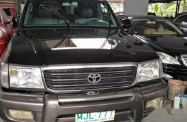 Sell Black 2000 Toyota Land Cruiser at 93000 km