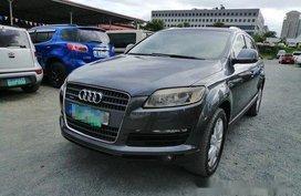Selling Audi Q7 2009 at 700000 km