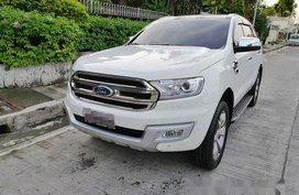 Sell White 2016 Ford Everest in Pasig