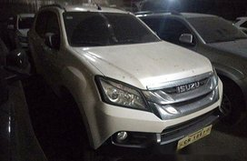 Selling White Isuzu Mu-X 2017 in Quezon City