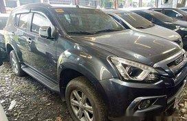 Selling Grey Isuzu Mu-X 2018 in Quezon City