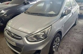 Selling Silver Hyundai Accent 2017 in Quezon City