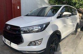 Selling White Toyota Innova 2019 at 2000 km