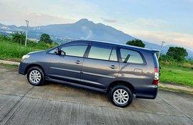 2014 Toyota Innova G 2.0 GAS Manual