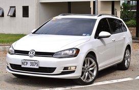 Selling Volkswagen Golf 2017 in Las Piñas