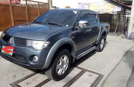 Sell 2nd Hand Mitsubishi Strada in Manila