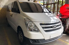 Sell 2017 Hyundai Grand Starex in Quezon City