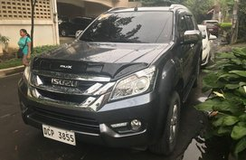 Sell 2017 Isuzu Mu-X in Quezon City