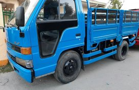 Sell 2000 Isuzu Elf in Manila