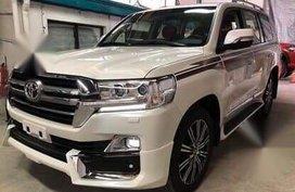 Sell 2020 Toyota Land Cruiser in Marikina