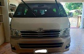 Toyota Hiace Grandia 2013