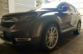 Selling Grayblack Honda Cr-V 2018 in Quezon City