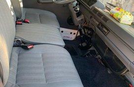 Sell White 2015 Mitsubishi L300 in Manila