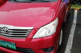 Selling Red Toyota Innova 2012 in Dagupan