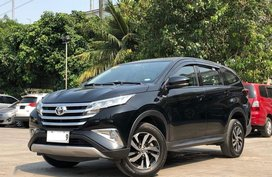 Selling Black Toyota Rush 2018 in Manila