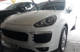 Selling Purple Porsche Cayenne 2018 in Manila