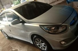 Silver Hyundai Accent 2013 for sale in Manual