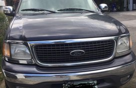 Selling Black Ford Expedition 2002 in Quezon City