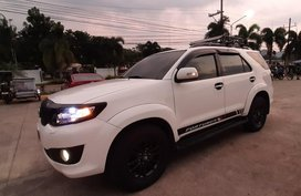 White Toyota Fortuner 2012 for sale in Automatic