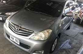 Selling Grayblack Toyota Innova 2009 in Lapu-Lapu