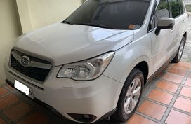 Pearl White Subaru Forester 2014 for sale in Automatic