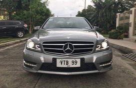 Grayblack Mercedes-Benz C200 2014 for sale in Automatic