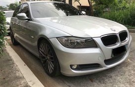 Pearlwhite Bmw 3-Series 2012 for sale in Automatic