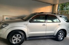 Selling Silver Toyota Fortuner 2008 in Taguig