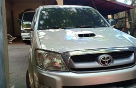 Sell Silver 2011 Toyota Hilux in Legazpi