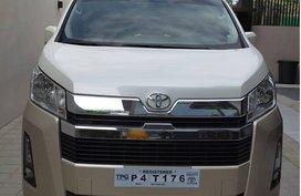 Selling Pearlwhite Toyota Grandia 2020 in Navotas