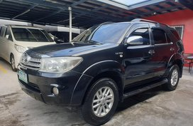 Toyota Fortuner 2010 G Gas Automatic