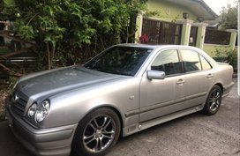 Silver Mercedes-Benz E-Class 1997 for sale in Automatic