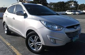 Celebrity owned Low Mileage 2012 Hyundai Tucson Theta II GLS AT