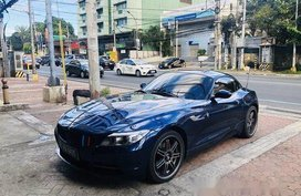 Selling Blue Bmw Z4 2014 at 22000 km