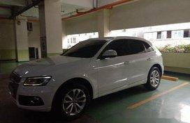 White Audi Q5 2015 for sale in Makati